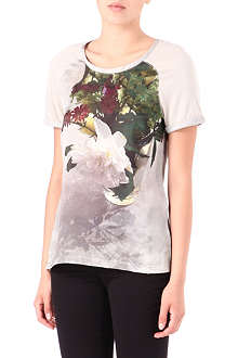 PAUL BY PAUL SMITH Magnolia-print t-shirt
