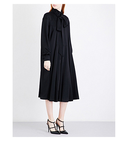 VALENTINO Pussybow loose crepe dress (Black
