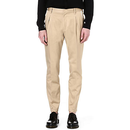 VIVIENNE WESTWOOD Tapered-leg pleated chinos (Beige