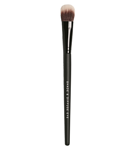 BARE MINERALS Shade & Diffuse Eye Brush