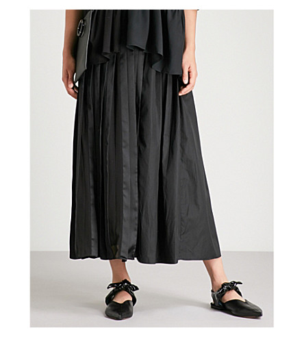 3.1 PHILLIP LIM Asymmetric pleated midi skirt (Black