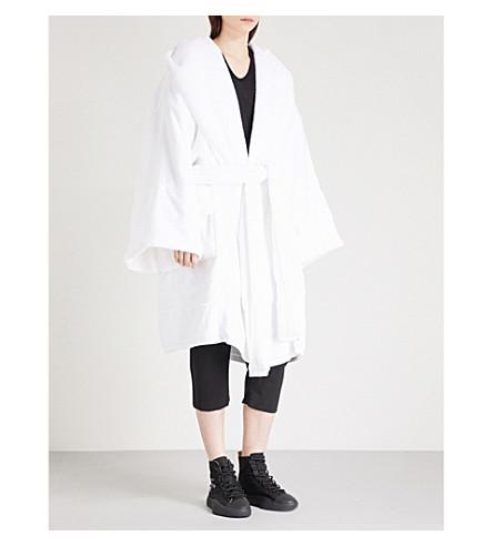 GARETH PUGHLAMYLAND 徽标打印毛巾长袍 (白色