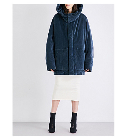 YEEZY Season 4 oversized cotton-blend puffer jacket (Bat