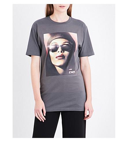 THEFAN Timess power Aaliyah-print cotton-jersey T-shirt (Charcoal