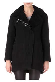 THEORY Shearling-collar coat