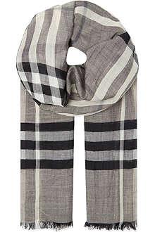 BURBERRY Giant check Guaze scarf