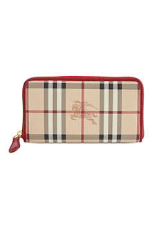 BURBERRY Ziggy long zip wallet