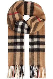 BURBERRY Giant check scarf