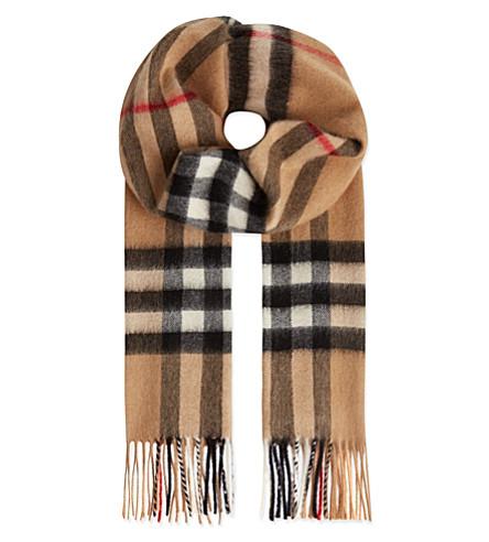BURBERRY Giant check scarf (Camel check