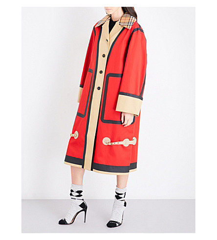 BURBERRY Oversized checked-collar waxed cotton coat (Red/beige