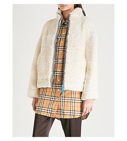 Contrast-zip shearling jacket(8002349)