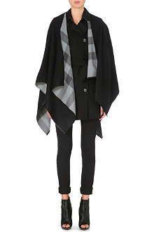 BURBERRY Charlotte solid to check cape