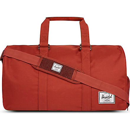 HERSCHEL Knitted novel holdall (Rust