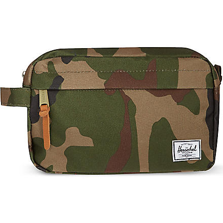 HERSCHEL Chapter wash bag (Woodland/camo