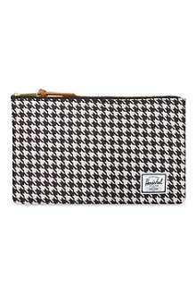 HERSCHEL Network houndstooth medium pouch