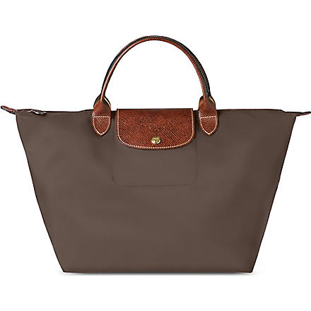 LONGCHAMP Le Pliage medium handbag in taupe (Taupe