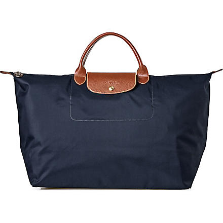 LONGCHAMP Le Pliage medium travel bag in graphite (Graphite