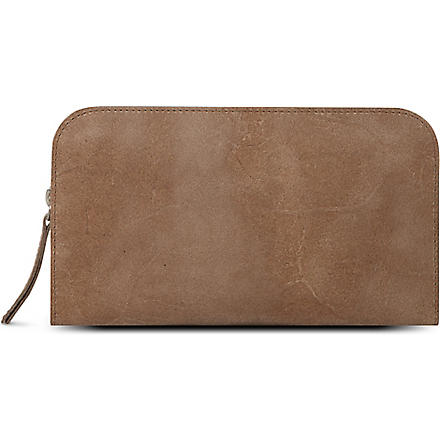 JOST Leather wash bag (Clay
