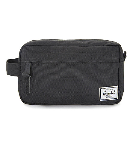 HERSCHEL SUPPLY CO Chapter Travel Kit (Black