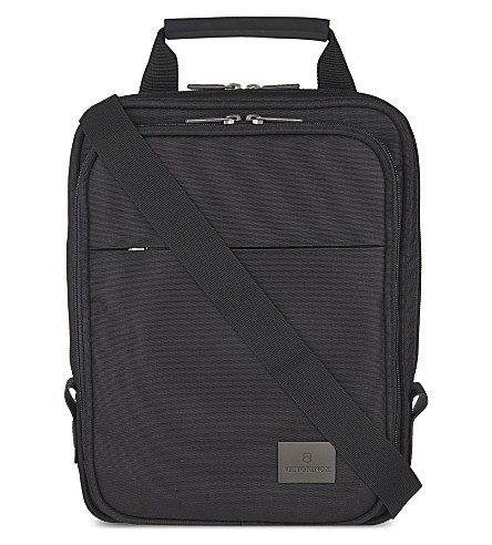 VICTORINOX Werks Professional Analyst tablet shoulder bag (Black