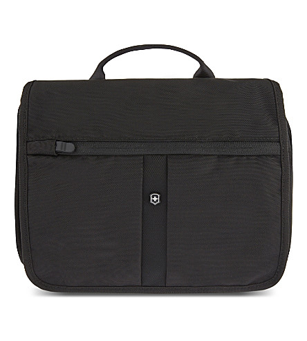 VICTORINOX Adventure Traveller RFID protected travel bag (Black