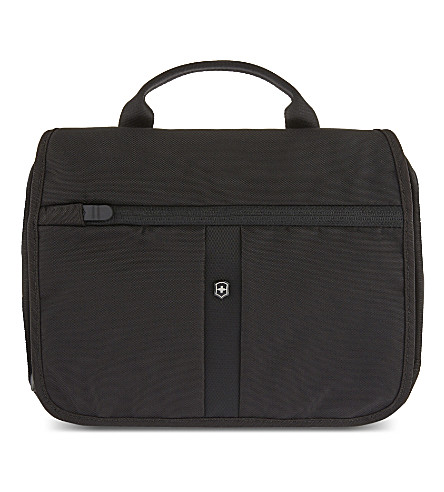 VICTORINOX Adventure Traveller Deluxe 3-way travel bag (Black