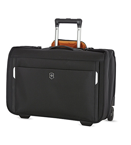 VICTORINOX Werks Traveler East/West two-wheel garment bag (Black