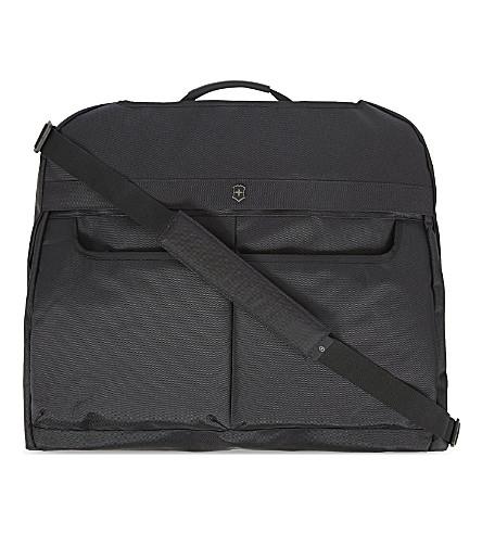VICTORINOX Werks Traveler 5.0 Deluxe garment sleeve (Black