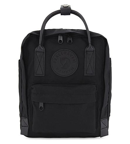 FJALLRAVEN Kånken No.2 mini backpack (Black