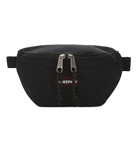 EASTPAK Logo waist bag (Black