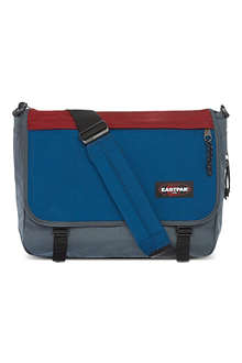 EASTPAK Delegate messenger bag