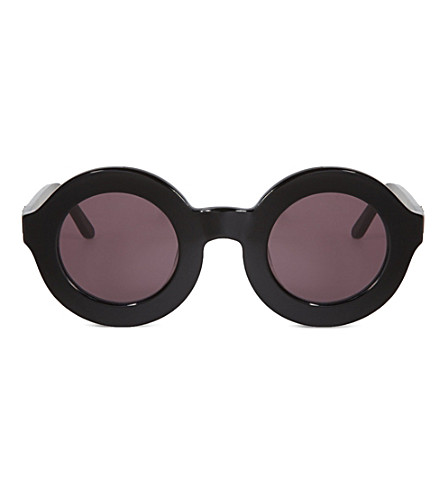 WILDFOX Twiggy sunglasses (Black/grey sun