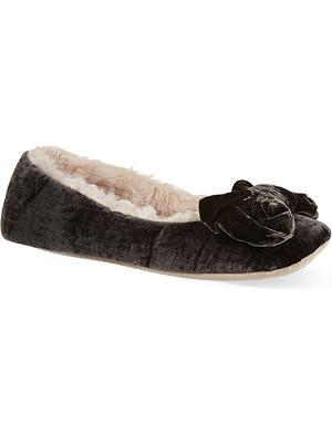 RUBY & ED Velvet bow ballerina slippers
