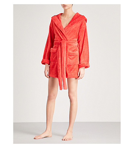 WILDFOX Currently sleeping fleece robe (Red+line