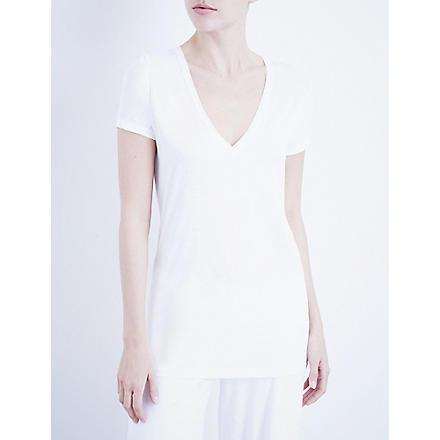 SKIN 365 v-neck t-shirt (White
