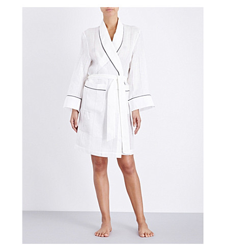 MORPHO AND LUNA Alix short linen robe (Snow