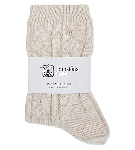 JOHNSTONS Cable knit cashmere socks (Cameo