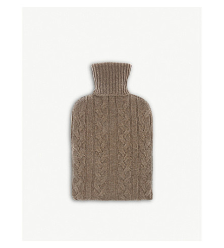 JOHNSTONS Hot water bottle and cashmere cover (Otter
