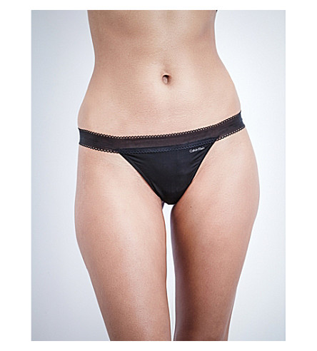 CALVIN KLEIN 图标平纹针织面料丁字裤 (001 + 黑色
