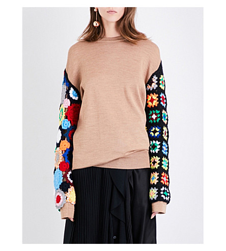 JW ANDERSON Crotchet-sleeve wool jumper (Camel