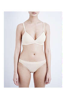 WACOAL How Perfect soft cup bra