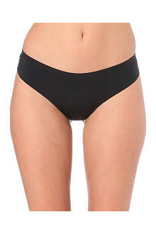 WACOAL Edge Wise thong