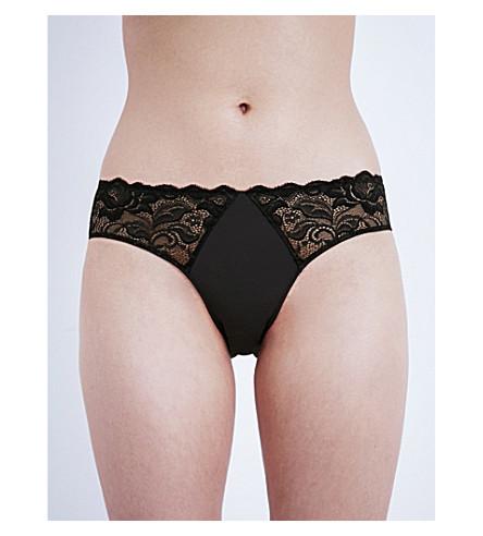 WACOAL Eglantine lace bikini briefs (Black