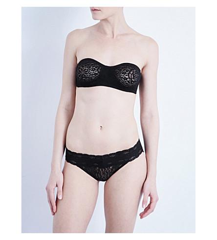 46f8a6944a ... WACOAL Halo stretch-lace strapless bra (Black. PreviousNext