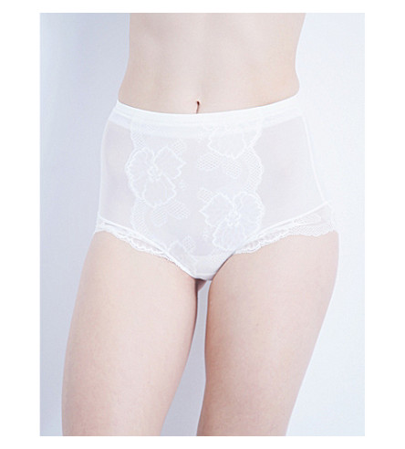 WACOAL Vision stretch-lace control briefs (Pearl