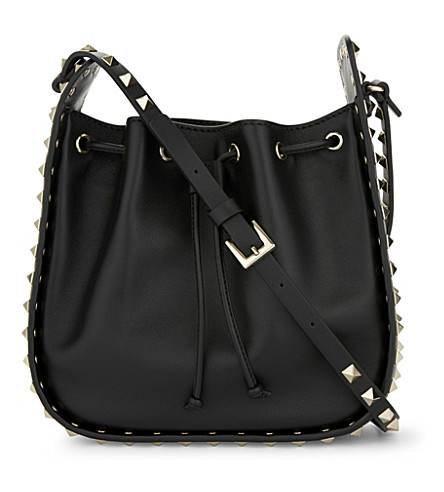 VALENTINO Rockstud leather bucket bag (Black