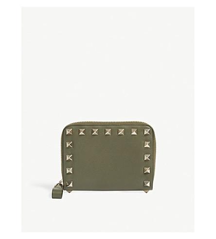 VALENTINO Rockstud mini zip around leather purse (Oasis