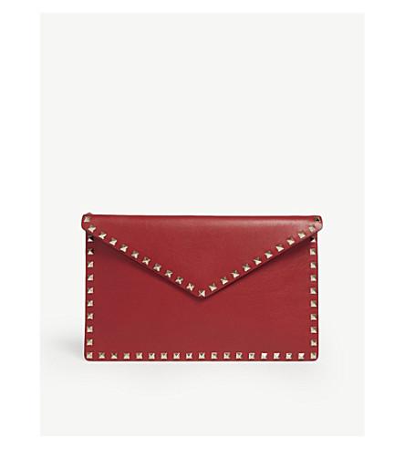 VALENTINO Valentino Rockstud 皮革信封手拿包 (红色