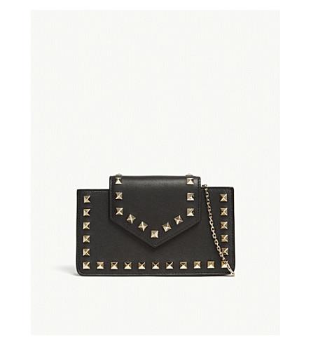 VALENTINO Rockstud mini leather wristlet clutch (Black