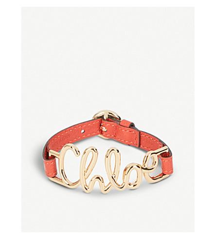CHLOE Logo-detail leather bracelet (Sepia+red